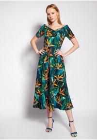 Lanti - Midi Sukienka z Dekoltem Carmen - Bambus. Typ kołnierza: typu carmen. Materiał: poliester. Długość: midi