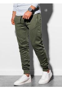 Ombre Clothing - Spodnie męskie dresowe joggery P867 - oliwkowe - XXL. Kolor: oliwkowy. Materiał: dresówka