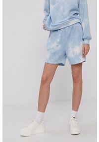 Vero Moda - Szorty. Kolor: niebieski. Materiał: dzianina, poliester