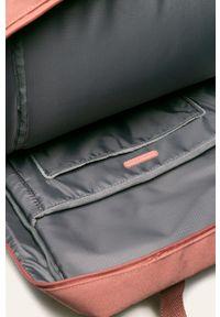 Różowy plecak Lefrik z aplikacjami