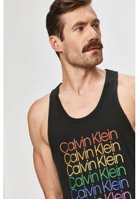 Czarny t-shirt Calvin Klein Underwear casualowy, bez rękawów, z nadrukiem, na co dzień