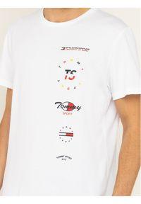 Tommy Sport T-Shirt Graphics S20S200316 Biały Regular Fit. Kolor: biały. Styl: sportowy