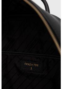 Patrizia Pepe - Plecak skórzany. Kolor: czarny. Materiał: skóra