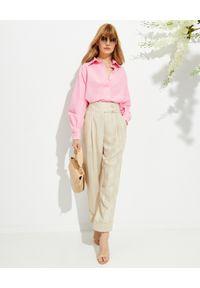 MARIANNA SENCHINA - Beżowe spodnie z wysokim stanem. Stan: podwyższony. Kolor: beżowy. Materiał: materiał. Styl: klasyczny