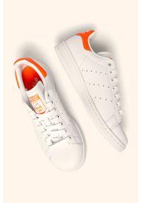Białe buty sportowe adidas Originals z cholewką, Adidas Stan Smith, na sznurówki