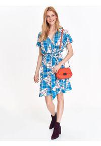 Niebieska sukienka TOP SECRET w kratkę, na zimę, z dekoltem w serek, kopertowa