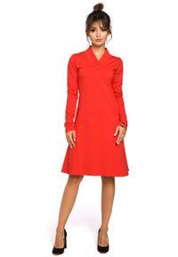 Czerwona sukienka dresowa MOE z długim rękawem