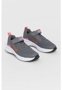 Szare buty sportowe Nike Kids na rzepy, z cholewką