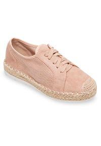 Półbuty damskie Ideal Shoes U-6270 Różowe. Kolor: różowy. Materiał: tworzywo sztuczne. Obcas: na koturnie. Styl: elegancki. Wysokość obcasa: średni