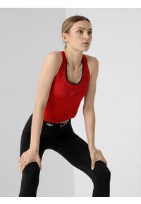 4f - Top treningowy slim szybkoschnący damski. Kolor: czerwony. Materiał: włókno, dzianina, skóra