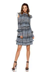 Lemoniade - Wzorzysta Sukienka w Liście z Falbankami Typu Cold Shoulder. Typ kołnierza: kołnierz z falbankami. Materiał: poliester