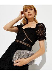 SELF PORTRAIT - Czarna sukienka z koronką. Kolor: czarny. Materiał: koronka. Wzór: koronka. Typ sukienki: rozkloszowane. Długość: midi #8