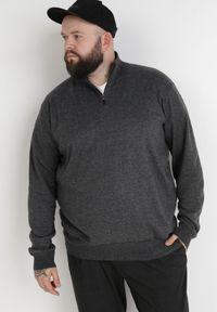 Born2be - Ciemnoszary Sweter Z Wełną Avoah. Kolekcja: plus size. Kolor: szary. Materiał: wełna. Długość: długie. Styl: klasyczny