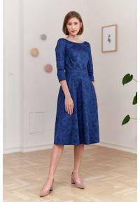 Marie Zélie - Sukienka Galatea Tarsia granatowa. Kolor: niebieski. Materiał: bawełna, satyna, skóra, materiał
