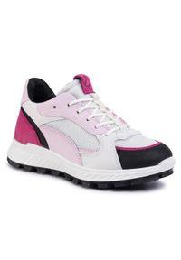 Różowe buty sportowe ecco