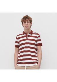 Reserved - Polo w paski z bawełny organicznej - Czerwony. Typ kołnierza: polo. Kolor: czerwony. Materiał: bawełna. Wzór: paski