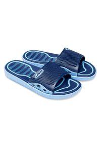 LANO - Klapki młodzieżowe basenowe Lano KL-3-6168-D2 Niebieskie. Okazja: na plażę. Zapięcie: bez zapięcia. Kolor: niebieski. Materiał: guma. Obcas: na obcasie. Wysokość obcasa: niski. Sport: pływanie