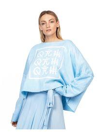 ROBERT KUPISZ - Błękitna bluza ORIENT FLASHDANCE. Kolor: niebieski. Materiał: bawełna, materiał. Długość rękawa: długi rękaw. Długość: długie