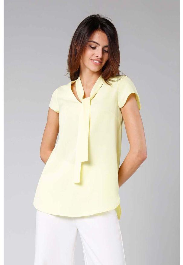 Nommo - Żółta Asymetryczna Bluzka z Krawatką. Kolor: żółty. Materiał: wiskoza, poliester