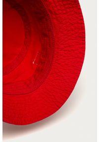 Jordan - Kapelusz. Kolor: czerwony