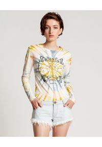 ONETEASPOON - Jeansowe szorty Bonita Low Waist. Stan: obniżony. Kolor: niebieski. Materiał: jeans. Wzór: aplikacja. Sezon: lato. Styl: klasyczny