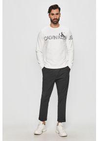 Biała bluza nierozpinana Calvin Klein Jeans bez kaptura, casualowa