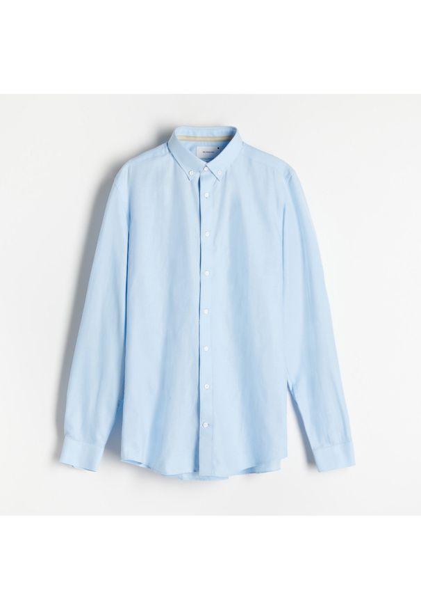 Reserved - Koszula regular fit z domieszką lnu - Niebieski. Kolor: niebieski. Materiał: len