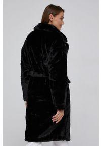 Answear Lab - Płaszcz. Kolor: czarny. Styl: wakacyjny