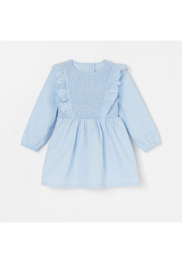 Niebieska sukienka Reserved z falbankami