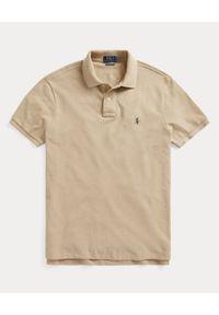 Ralph Lauren - RALPH LAUREN - Beżowa koszulka polo Mesh Classic Fit. Typ kołnierza: polo. Kolor: beżowy. Materiał: mesh. Wzór: haft