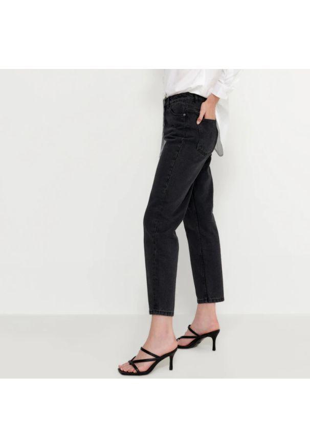 House - Mom jeans z bawełny organicznej - Czarny. Kolor: czarny