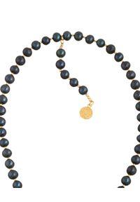 MOKOBELLE - Choker z ciemnych pereł z kołem i sercem. Materiał: pozłacane, złote, srebrne. Kolor: czarny. Kamień szlachetny: perła