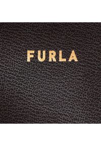 Czarna torebka klasyczna Furla na ramię