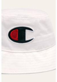 Biały kapelusz Champion z aplikacjami