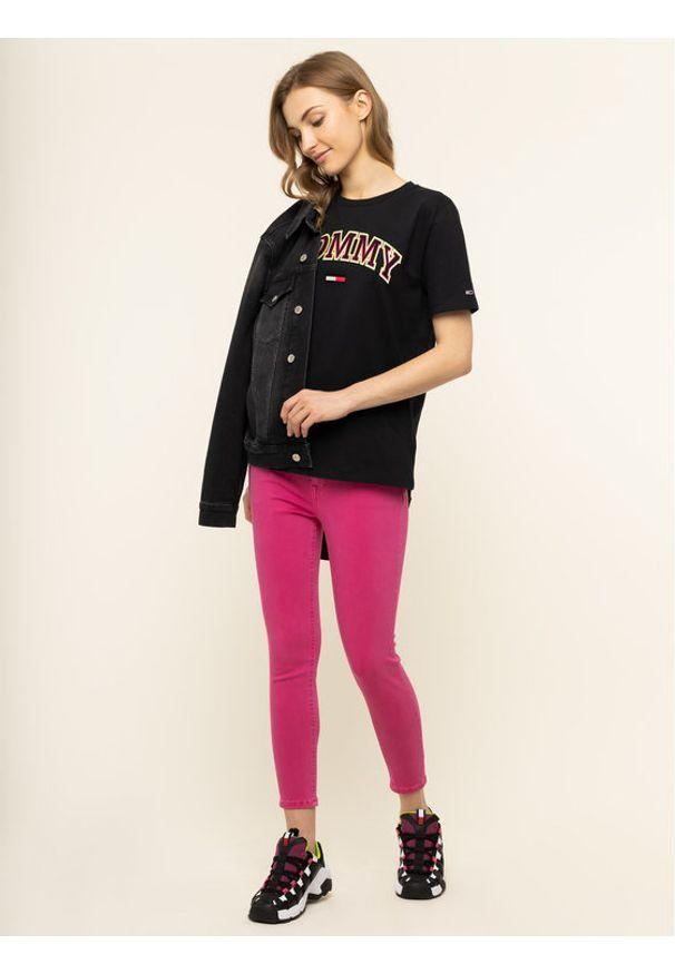 Różowe jeansy slim Tommy Jeans