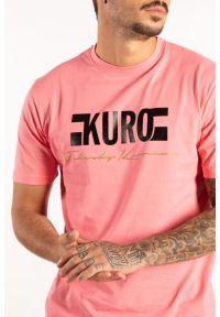 "Takeshy Kurosawa T-shirt ""Kuro"". Okazja: na co dzień. Materiał: bawełna. Wzór: nadruk. Styl: casual"