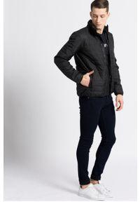 Czarny t-shirt Emporio Armani na co dzień, casualowy, z nadrukiem