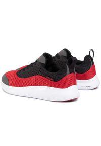 Czerwone sneakersy Supra