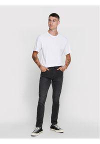 Only & Sons - ONLY & SONS T-Shirt Matt Life 22002973 Biały Regular Fit. Kolor: biały