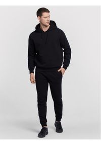 Vistula Bluza Sweeney XA1030 Czarny Regular Fit. Kolor: czarny