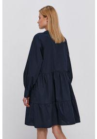 Y.A.S - Sukienka. Typ kołnierza: kołnierzyk stójkowy. Kolor: niebieski. Materiał: tkanina, bawełna. Długość rękawa: długi rękaw. Wzór: gładki. Typ sukienki: rozkloszowane