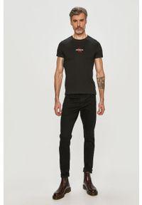 Czarny t-shirt Calvin Klein Jeans casualowy, na co dzień, z aplikacjami