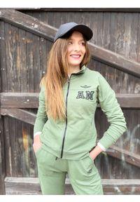 Zielona bluza zapinana na zamek Aeronautica Militare. Kolor: zielony. Materiał: bawełna, elastan. Wzór: haft