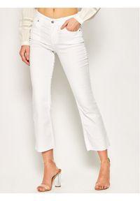 Białe jeansy Silvian Heach