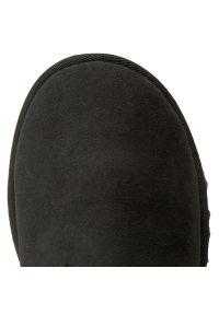 Ugg - Buty UGG - W Bailey Bow II 1016225 W/Blk. Kolor: czarny. Materiał: skóra, zamsz. Szerokość cholewki: normalna. Sezon: zima