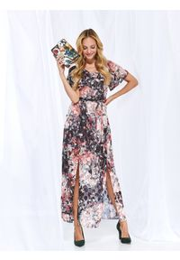Różowa sukienka TOP SECRET z krótkim rękawem, z dekoltem w serek