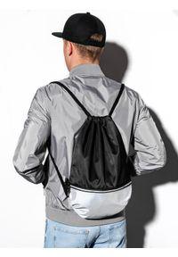 Czarna torba Ombre Clothing