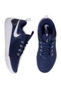 Niebieskie buty do fitnessu Nike z cholewką, na co dzień