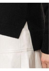 Czarny sweter klasyczny Escada Sport