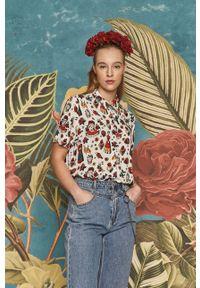medicine - Medicine - Koszula Frida Kahlo. Okazja: na co dzień. Kolor: biały. Długość rękawa: krótki rękaw. Długość: krótkie. Styl: casual
